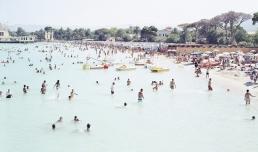 Massimo Vitali, Palermo. Mondello beach, 2007, Collezione MAXXI