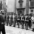 Il-giudice-Giovanni-Falcone-al-funerale-del-Generale-Dalla-Chiesa-sara-assassinato-nel-1992