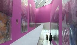 Thomas Hirschhorn. The Purple Line © Giorgio Benni, courtesy Fondazione MAXXI