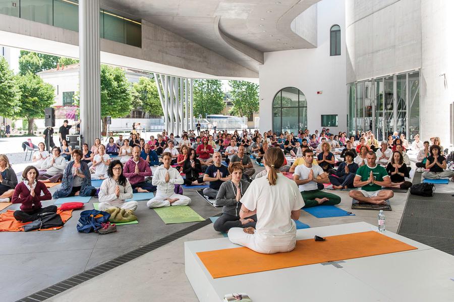 Giornata Internazionale dello Yoga al MAXXI